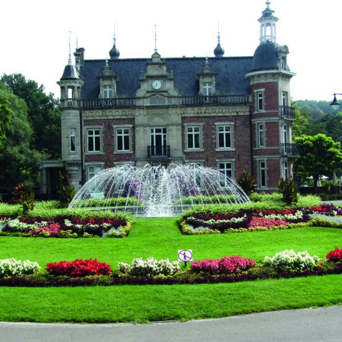 26 ledenvergadering Huizingen foto kasteel met witte rand